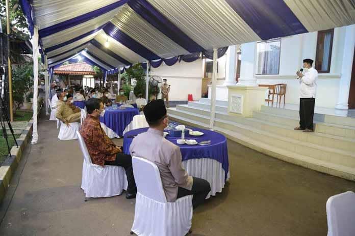 Gubernur WH Ajak ASN Bayar Zakat di Banten