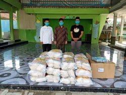 Yayasan BUMN dan Rumah Tani Bantu Beras dan Masker di Ponpes Lebak