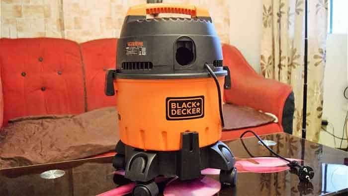 Black And Decker BDWD10 1200Watt Vacuum Cleaner Wet & Dry
