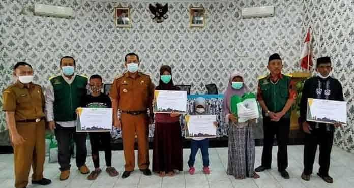 Baznas Kota Serang, Salurkan Bantuan Pada Warga Kecamatan Walantaka