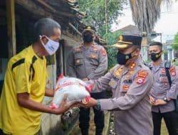 Polres Cilegon Distribusikan 15 Ton Beras Kepada Masyarakat Terdampak Covid-19