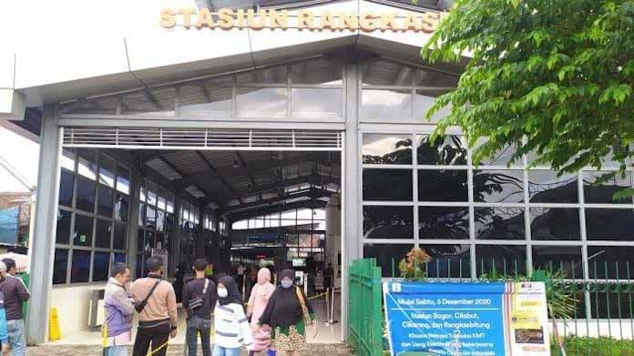 Penumpang di Stasiun Rangkasbitung Harus Tunjukkan Surat Tes GeNose dan Antigen, Bupati Lebak: Kalau Enggak Bawa Harus Putar Balik