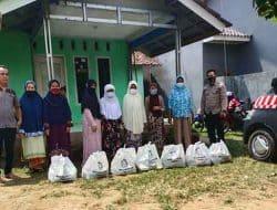 Peringati hari jadi Polwan RI ke-73, Polwan Polda Banten Bagikan paket Sembako untuk lansia