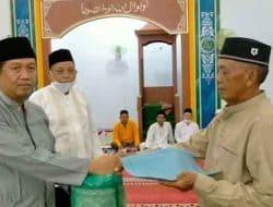 Tarawih di Masjid Pengampelan Camat Walantaka Minta Warga Dukung Program Pemerintah