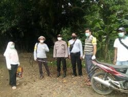 Cegah Virus Corona, Satgas Covid-19 Kelurahan Curug Semprotkan Desinfektan