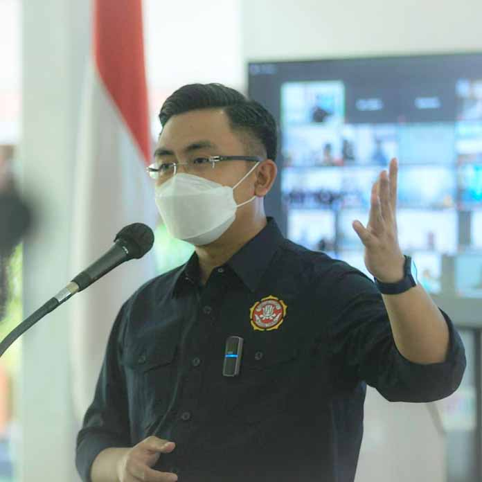 Andika Hazrumy Kerahkan Karang Taruna Banten, Bentuk Relawan PPKM Mikro