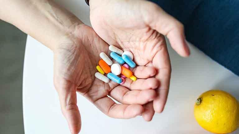 Vitamin untuk Menjaga Imun Tubuh saat Covid-19 Rekomendasi Dokter