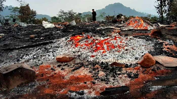 23 Rumah Warga Baduy Luar Hangus Terbakar